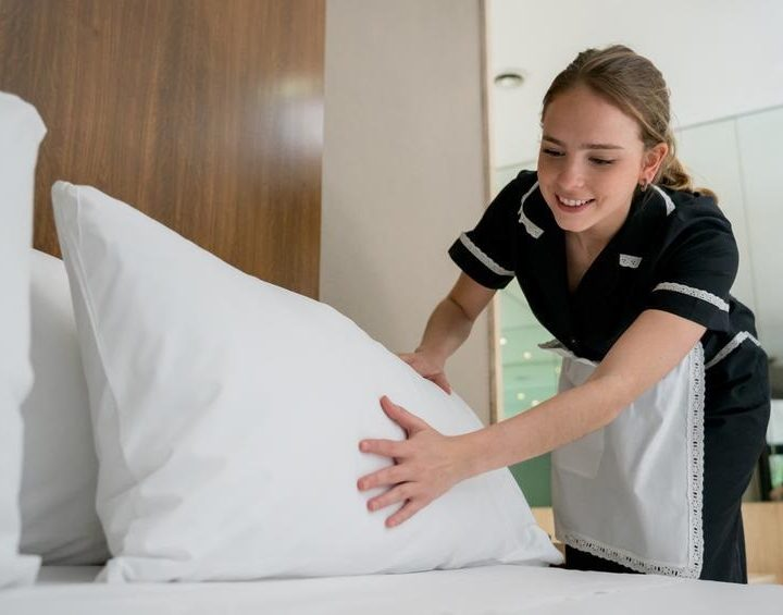 Book Your housekeeper London Well Ahead To Ensure Eco-friendly Cleaning